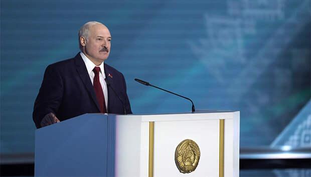 Лукашенко: Россия поменяла братские отношения с нами на партнерские