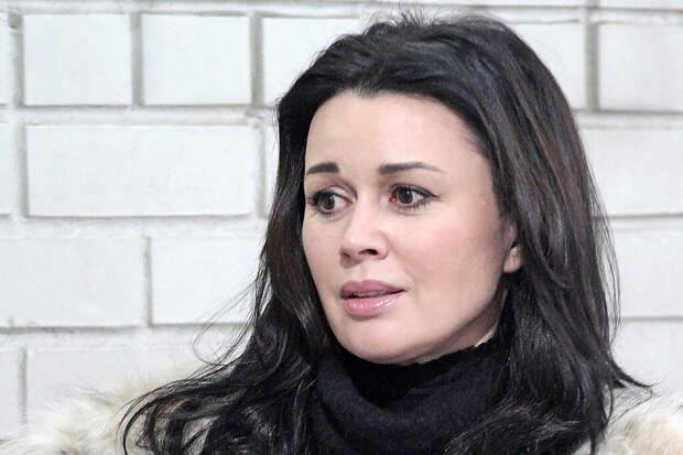 Семья Заворотнюк скрывает изменившуюся до неузнаваемости актрису