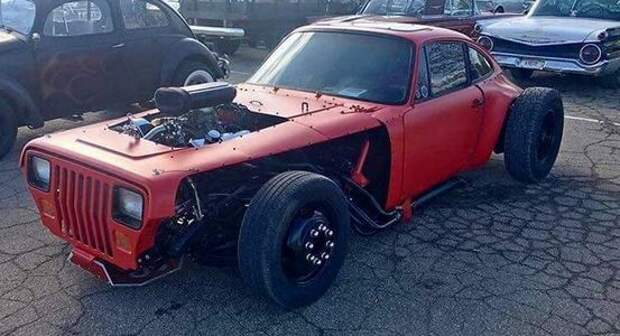 Это какой-то позор: неизвестный скрестил Jeep Wrangler и Porsche 911