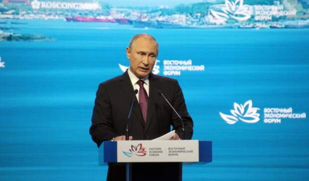 Путин наградил орденами пятерых татарстанцев