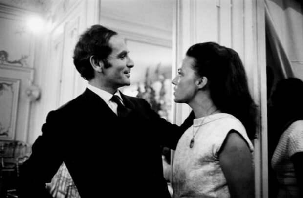 Пьер Карден и Жанна Моро на показе мод. Париж, 1964. Фото Марка Рибу | Фото: cultobzor.ru