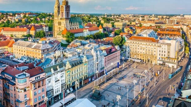 Хорватия первой в ЕС протестировала ковидные паспорта