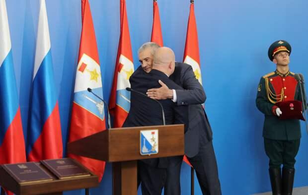 Аксёнов поздравил губернатора Севастополя с назначением