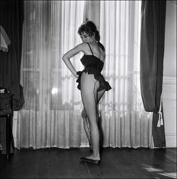 10 фотографий Брижит Бардо в самом начале ее карьеры