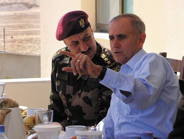 Генерал Кит Дейтон пообещал заставить Украину сфокусироваться на приоритетах США