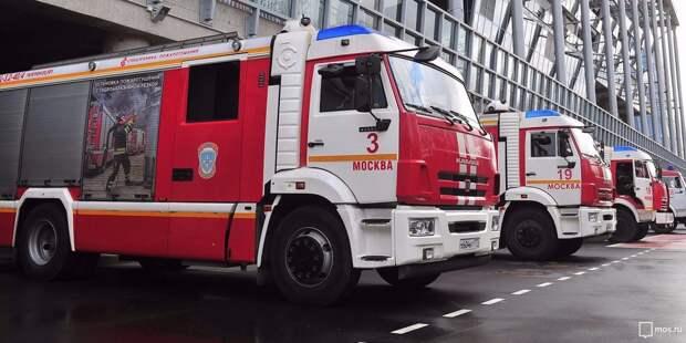 На Строгинском бульваре произошло возгорание в подъезде