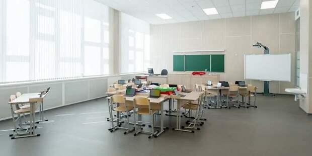 Собянин рассказал жителям ЗАО о строительстве образовательных объектов . Фото: Д. Гришкин mos.ru