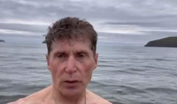 Бодрость духа: губернатор Приморского края открыл купальный сезон