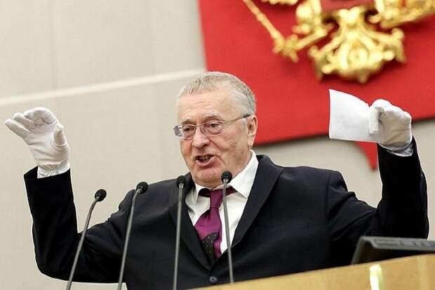 Если бы за фальсификацию истории сажали, Жириновский бы уже сидел