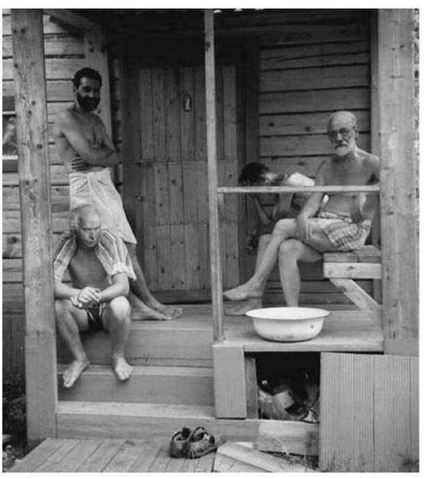 2. Зигмунд Фрейд и Карл Юнг отдыхают с друзьями после бани, 1907 год. история, фото