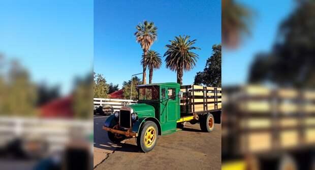 10 старых грузовиков-пикапов, которые до сих пор используются