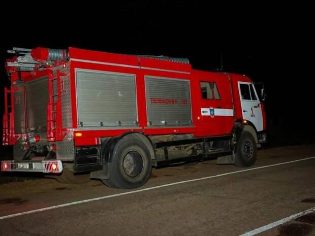 Огнеборцы вынесли газовый баллон и устранили пожар в доме в Песчанке