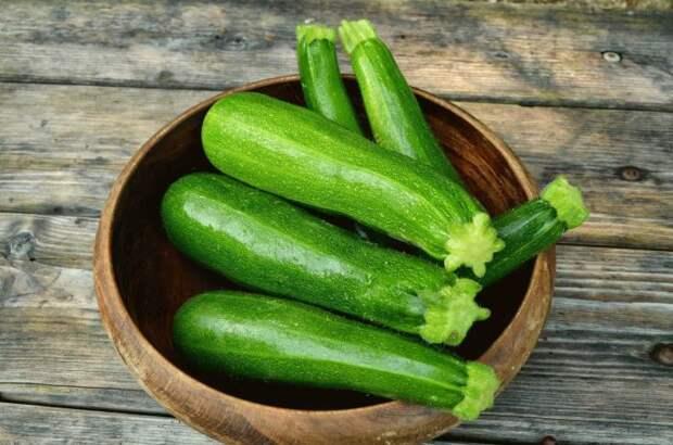 Цуккини хороши и в горячих блюдах, и в закусках и в салатах. /Фото: o-flora.com