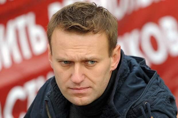 В Минздраве объяснили кому Навального