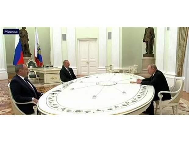 Переговоры Путина, Пашиняна и Алиева: гости прибыли в Москву, армянская оппозиция в ярости