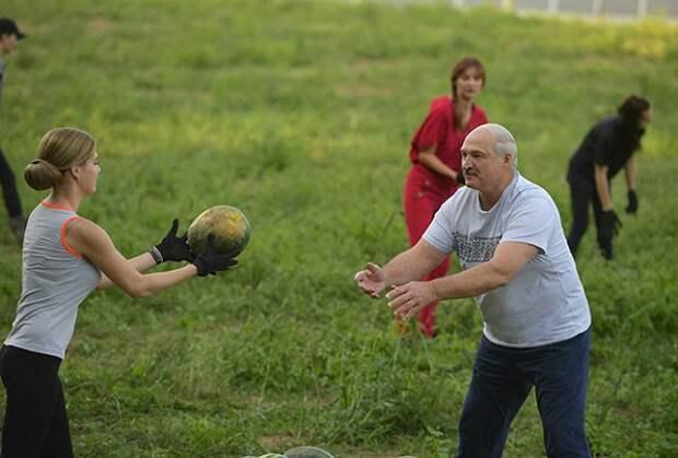 День рождения Александра Лукашенко: спорт, девушки и арбузы