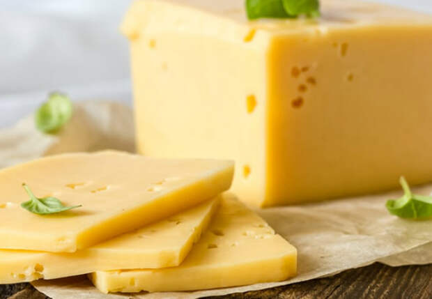 Сыр на завтрак из магазинного молока: варим за 30 минут