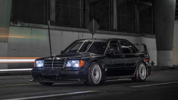 Сотни тысяч долларов: за редчайший Mercedes-Benz 190E поборются коллекционеры