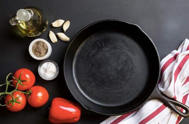 Некоторые люди считают чугун устаревшей посудой. Разбираем 6 частых мифов и развенчиваем их