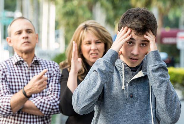 Почему люди часто не понимают и не принимают подростков?