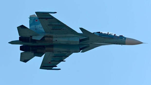 Российский истребитель сопроводил над Черным морем три военных самолета Франции