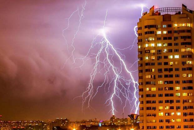Хроники адской грозы в Москве