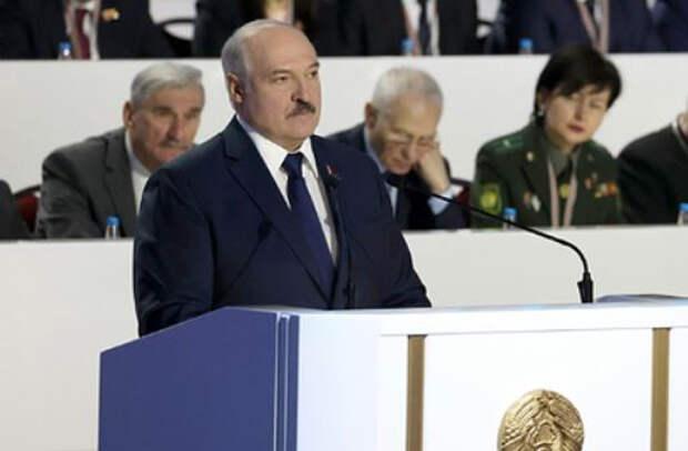 Лукашенко поручил выработать ответ на новые санкции Запада