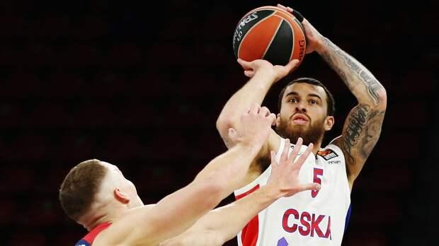 Отстраненный ЦСКА защитник Джеймс может продолжить карьеру в «Нью-Йорк Никс»