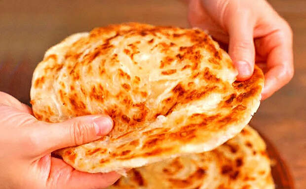 Мясные лепешки готовы за 5 минут: подаем и вместо хлеба, и как второе