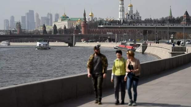 ВЦИОМ: 50% россиян заявили, что не используют в своей речи иностранные слова
