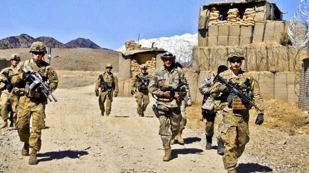 Европейские союзники попросили США замедлить вывод войск из Афганистана