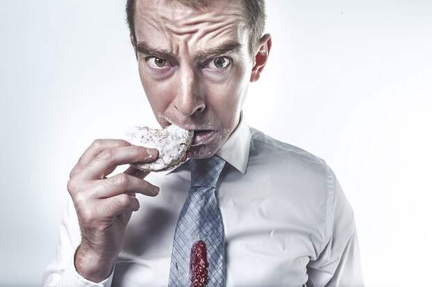 Врач объяснила раздражительность во время диет