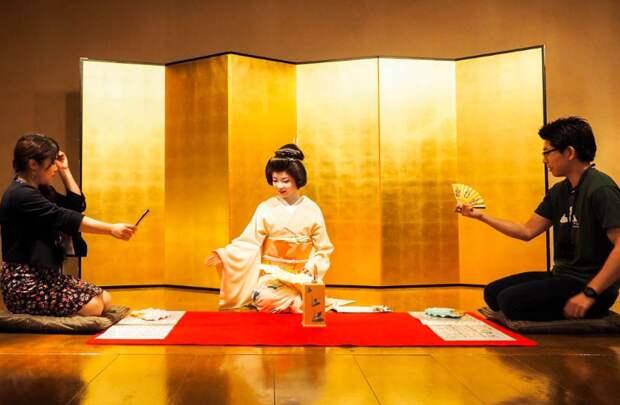 Мемуаров гейши не существует. Кем была женщина из книги Артура Голдена?
