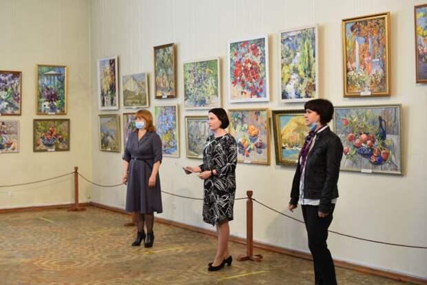 Симферопольский художественный музей представил выставку Людмилы Поляковой