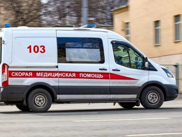 В Москве ребенок упал с высоты седьмого этажа и выжил