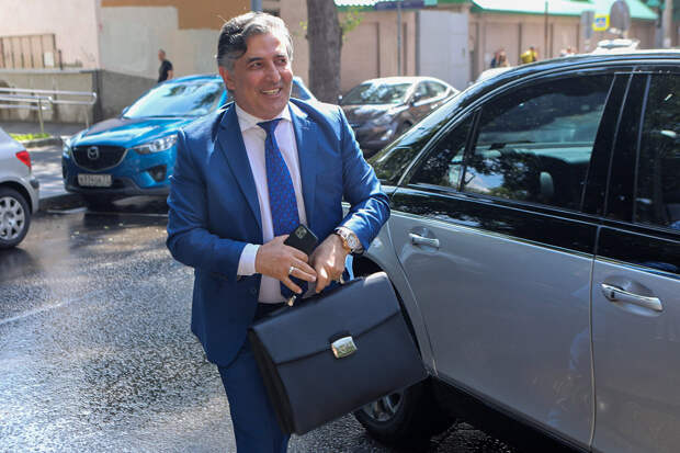 Затравили человека: Пашаева выгоняют из адвокатов