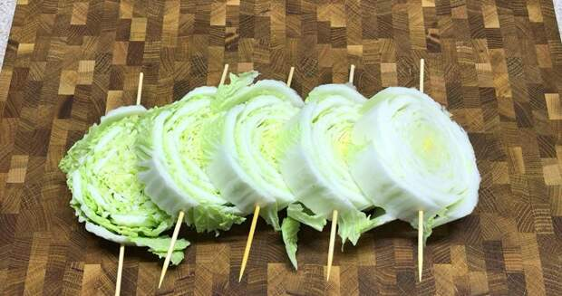 Кума удивила, приготовив необычно пекинскую капусту. Теперь готовлю ее так каждый день