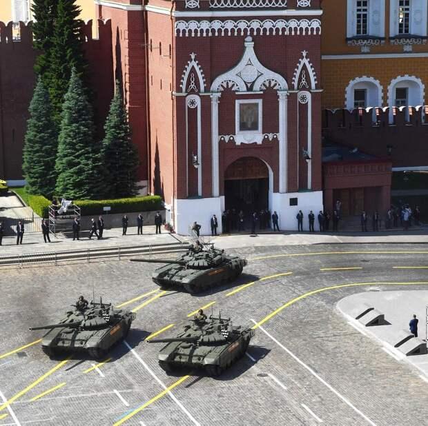 В параде Победы в Москве примет участие боевая техника Ростеха