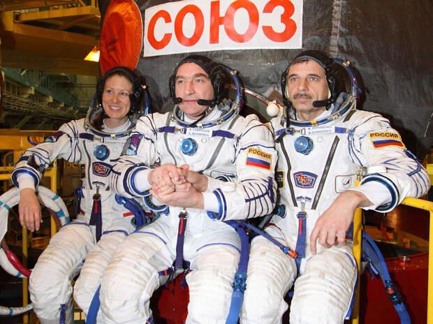 Слева направо: Колдуэлл, Скворцов, Корниенко