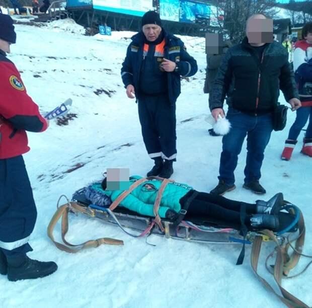 На Ай-Петри во время катания на «ватрушке» пострадала 11-летняя девочка