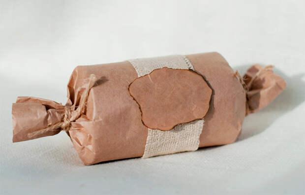 упаковка подарка конфета