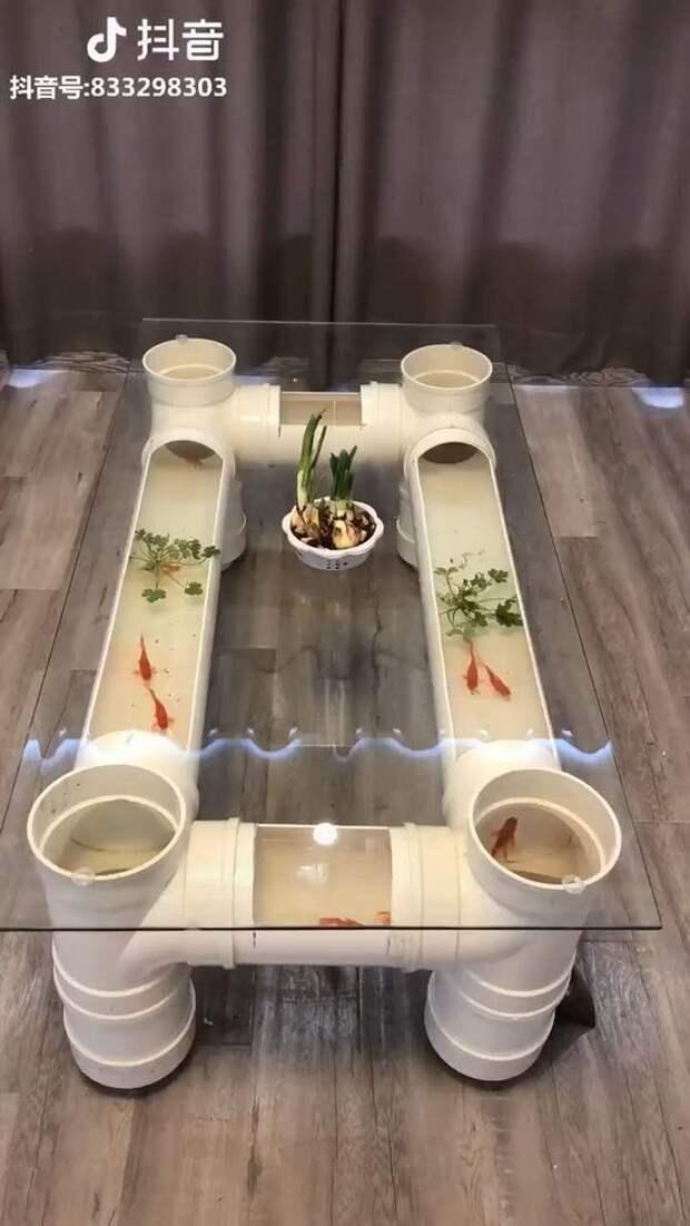 Стол-аквариум