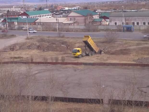 Суд в Чите разрешил построить торговый центр на месте хоккейной площадки