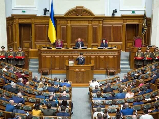 На Украине хотят прекратить любые дипломатические отношения с Белоруссией