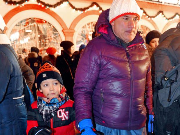 С дочерью виделся всего раз: многодетный папа Николай Фоменко