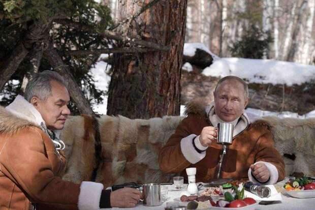 А Россия взяла да и явилась на войну