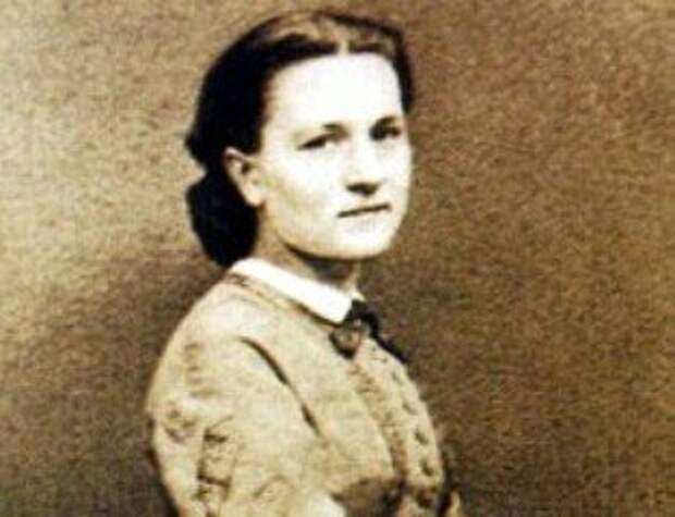 Почему Иван Тургенев наследство оставил Полине Виардо, если у него была дочь и внуки