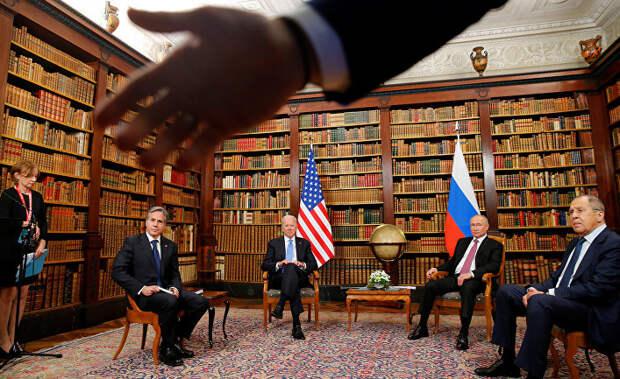 Пресса США подвергается жесткому обращению со стороны российских секьюрити-агентов