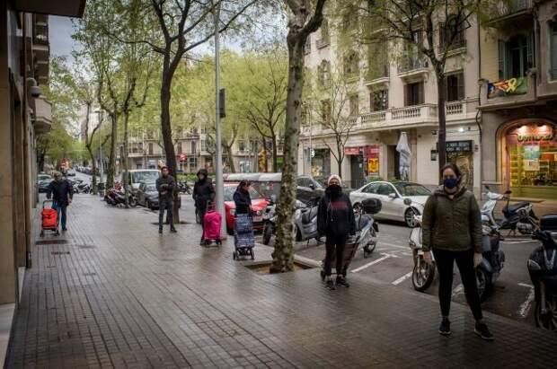 Испанию с 7 июня смогут посетить вакцинированные туристы