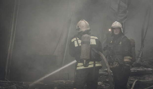 Ночью вОренбурге сгорел частный дом впоселке Ростоши